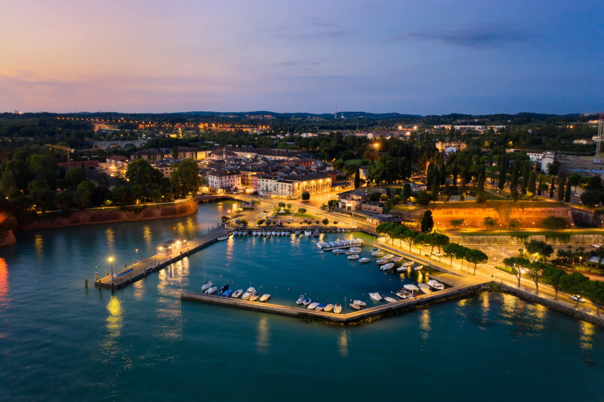 TEN WAYS TO FALL IN LOVE WITH LAKE GARDA - Peschiera del Garda