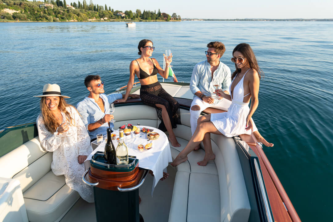 Aperitif on board with Sirmioneboats