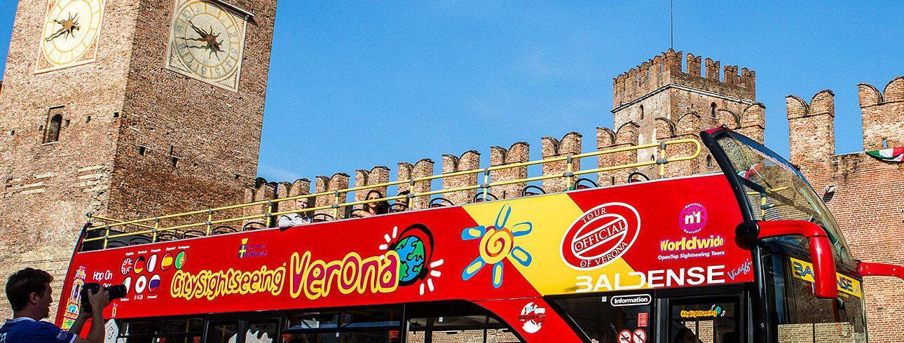 CITYSIGHTSEEING THE PANORAMIC BUS IN VERONA - Gardalanding