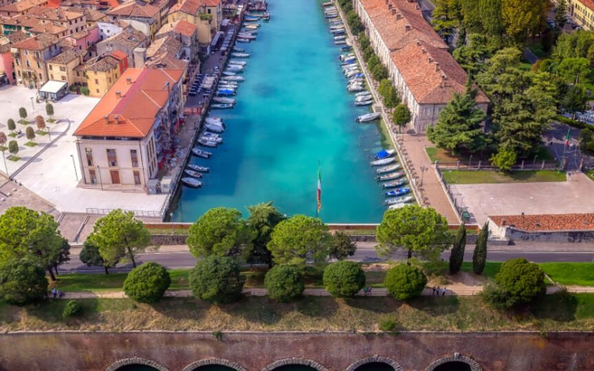 Peschiera Walking Tour